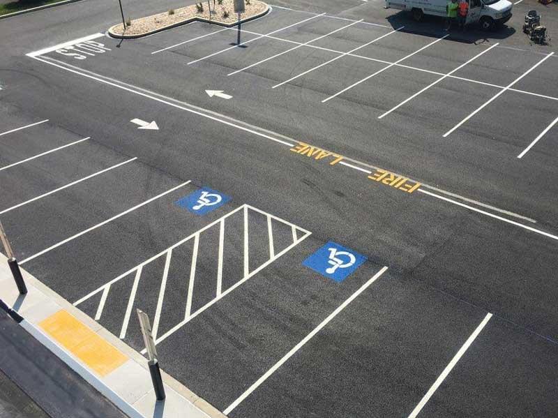 خط کشی پارکینگ